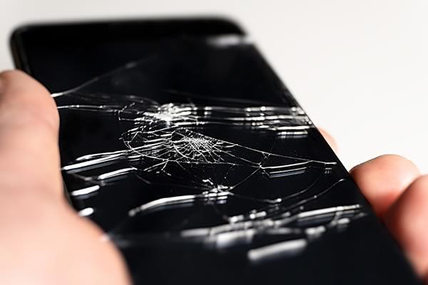 riparazione vetro smartphone